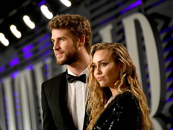 71Miley-Cyrus-and-Liam-Hemsworth-Vanity-Fair.jpg