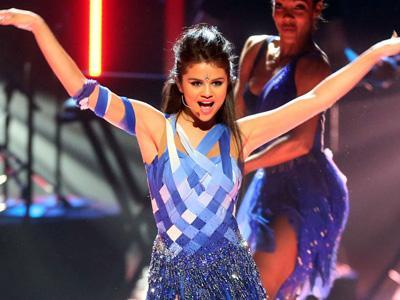 Duh, Selena Gomez Batalkan Tur Asia dan Australia 2014!