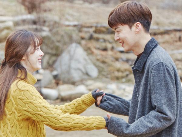 Romantic Goals! Goo Hye Sun Hadiahi Aegyo Hingga Ciuman Agar Ahn Jae Hyun Lakukan Ini
