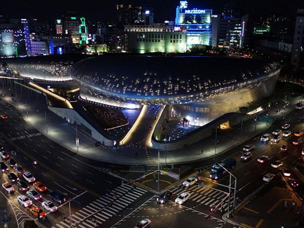 Melihat Kerennya Dongdaemun Design Plaza, Tempat Presiden Jokowi Blusukan di Korsel