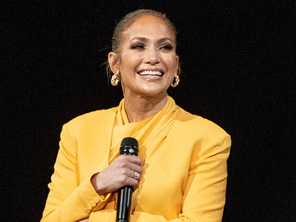 Jennifer Lopez Akui Kecewa Tak Masuk Nominasi Oscar