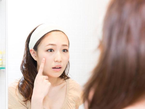 Tekanan Sosial Tingkat Tinggi, Inilah Alasan Mengapa Wanita Korea Terkesan Tak Bisa Lepas Dari Make-up