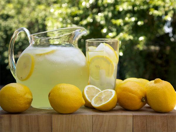 Manfaat Buah Lemon Bagi Kesehatan Tubuh, Salah Satunya Bikin Langsing!