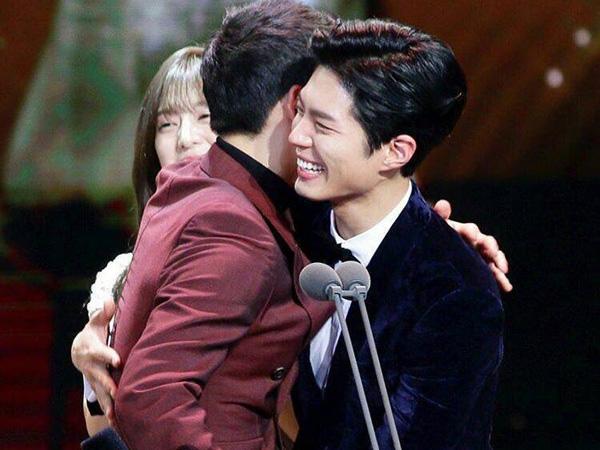 So Sweet, Song Joong Ki Menangis Haru Saksikan Kemenangan Park Bo Gum di KBS 'Drama Awards'