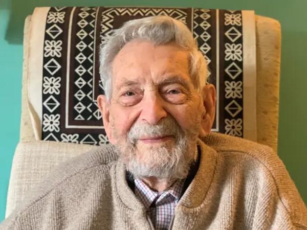Pria Tertua di Dunia Dinyatakan Meninggal di Usia 112 Tahun