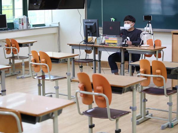 Sekolah di Korea Selatan Kembali Dibuka Secara Bertahap, Pertama untuk Siswa SMA Tingkat Akhir