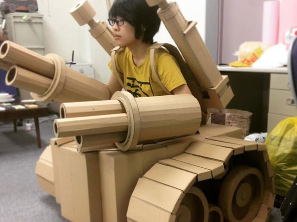 Keren! Seniman Jepang Ini Ubah Kardus Bekas Jadi Karya 3D