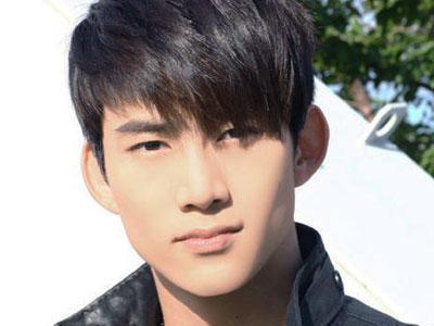 Wah, Taecyeon 2PM Diikuti Hantu?