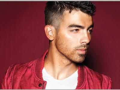 Miley, Selena, dan Demi: Siapa Paling Disukai Joe Jonas?