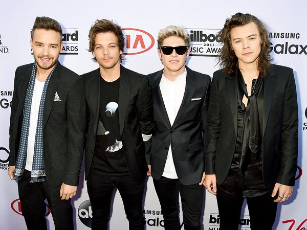 Konfirmasi Tak Akan Bubar, One Direction Bagi Penghargaan Billboard Untuk Zayn Malik