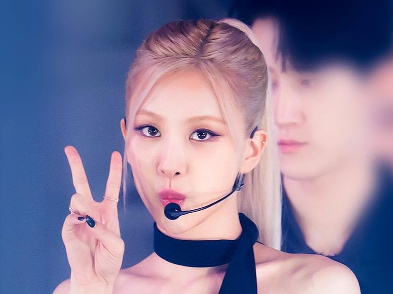 Geser IU, Rose BLACKPINK Pecahkan Rekor Album Solois Wanita Korea Terlaris