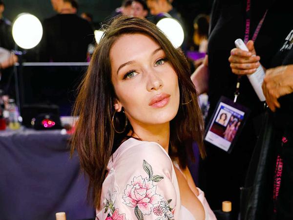 Ini 6 Rahasia Sederhana Model Victoria's Secret Agar Tetap Tampil Cantik!