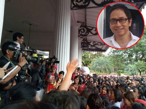 Addie MS Pimpin Ribuan Orang Nyanyikan Lagu Nasional di Balai Kota