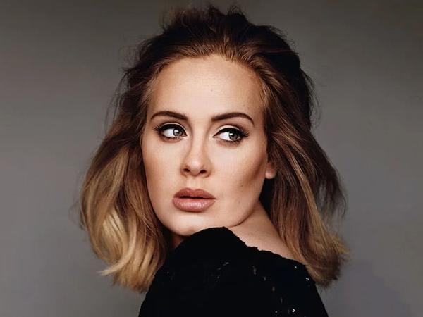 Adele Resmi Ajukan Gugatan Cerai pada Simon Konecki