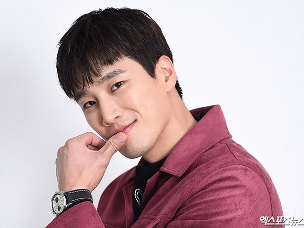 Ahn Bo Hyun Ungkap Ancaman Keluarga dan Nggak Bisa Move On dari 'Itaewon Class'
