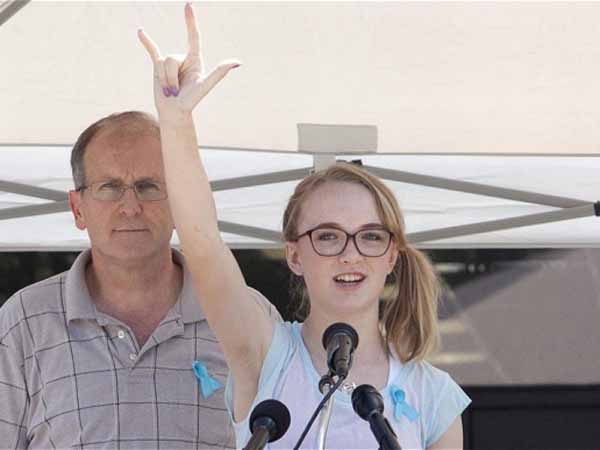 J.K Rowling Kirim Surat Dumbledore Untuk Gadis Cilik yang Keluarganya Terbunuh