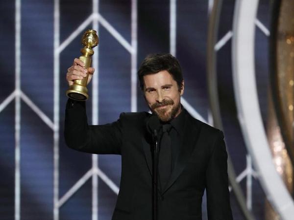 Ucapan Terima Kasih Christian Bale Pada Setan Saat Terima Piala Golden Globe 2019