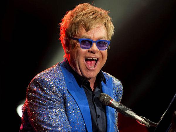 Elton John Gandeng Penyanyi 'Mainstream' Seperti Lady Gaga Hingga Ed Sheeran di Album Terakhirnya