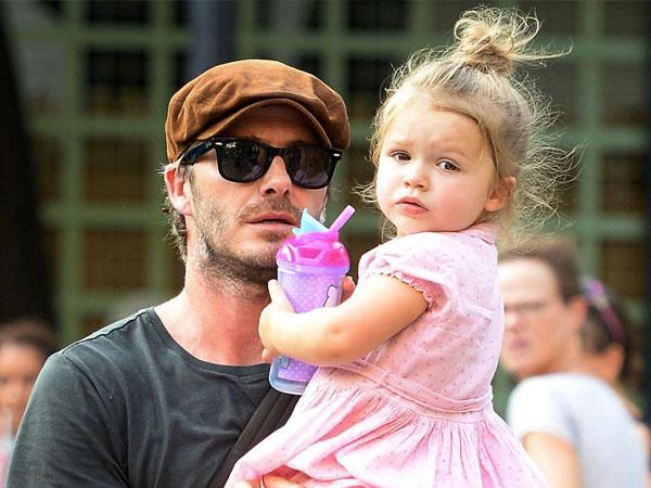 Gemas, Intip Gaya Harper Beckham Saat Menunggang Kuda