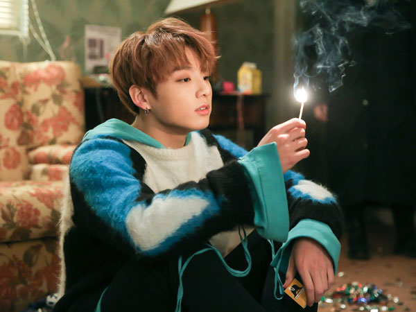 Jungkook BTS Kejutkan Fans dengan Cover Menyentuh Lagu Lee Hi 'Breathe'