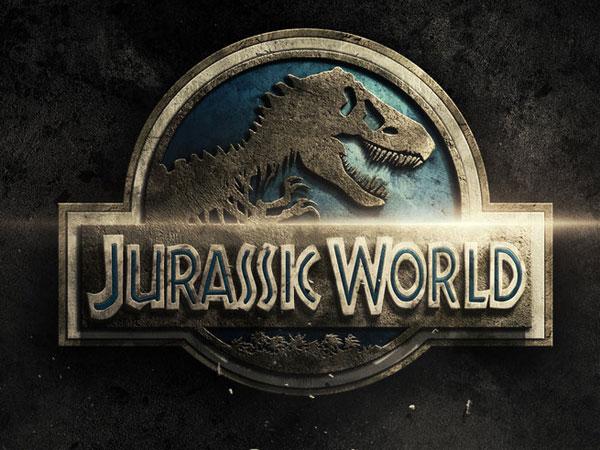 Malapetaka Dinosaurus Kembali Terulang Dalam Trailer 'Jurassic World' !
