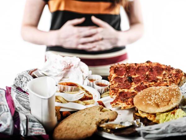 Ini Dampak Buruk Makan Berlebihan Saat Sahur