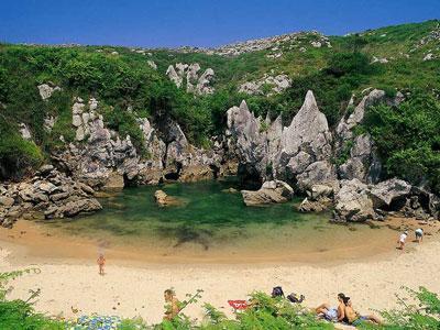 Wow, Pantai Ini Tidak Miliki Laut