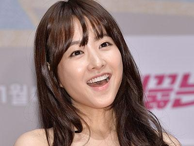 Apa Hal Tersulit yang Dihadapi Park Bo Young Saat Syuting 'Boiling Youth' ?