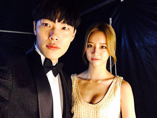 Reaksi Malu-malu Ryu Jun Yeol Saat Ditanya Soal Sang Kekasih, Hyeri Girl's Day