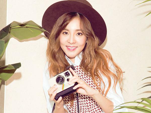 Rayakan Hari Ulang Tahun 2NE1, Dara Datang ke 'Sugar Man' dengan Style Saat Debut