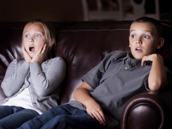 Pengamat Sosial Bicara Soal 'Kecanduan' Cerita Horror, Antara Tren Sosial atau Kelainan?