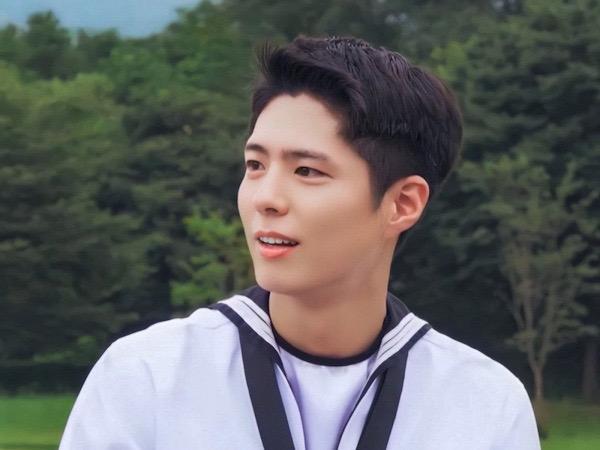 Video Park Bo Gum Jadi Keyboardist Band Militer Cover Lagu Oh My Girl
