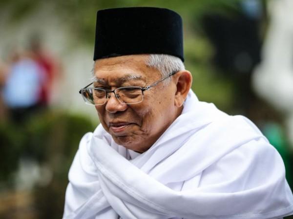 Ma'ruf Amin Rileks Hadapi Sandiaga Uno di Debat Ketiga Pilpres 2019