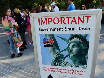 Patung Liberty Ditutup, Ribuan Wisatawan Kecewa