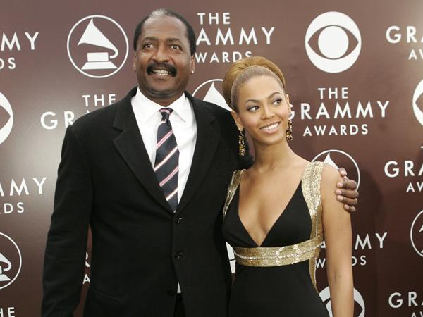 Duh, Trofi Grammy Awards Beyonce Dijual di Garage Sale oleh Ayahnya?