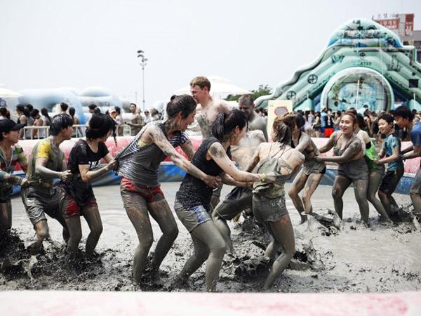 Boryeong Mud Festival Tahunan Musim Panas Korea Kini Digelar Online, Seperti Apa?