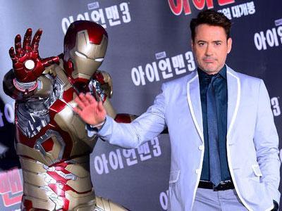 Robert Downey Jr. Promo Iron Man 3 di Korea Sambil Gangnam Style
