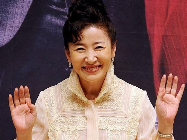 Aktris Senior 'Coffee Prince' Kim Ja Ok Tutup Usia Usai Idap Kanker