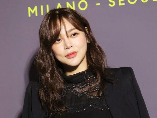 Agensi dan Aktris Park Si Yeon Minta Maaf Atas Insiden Tabrakan Ketika Mabuk