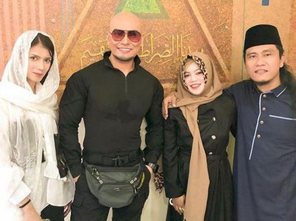 Deddy Corbuzier Mualaf, Pernikahan dengan Sabrina Chairunnisa Semakin Dekat?