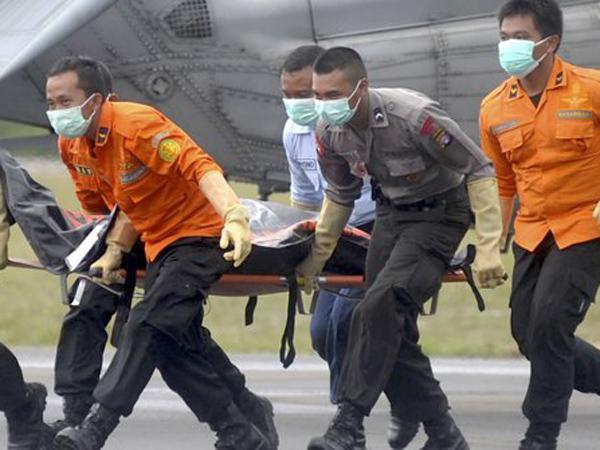 Basarnas Evakuasi 38 Jasad, Pesawat Trigana Air Ditemukan Telah Hancur