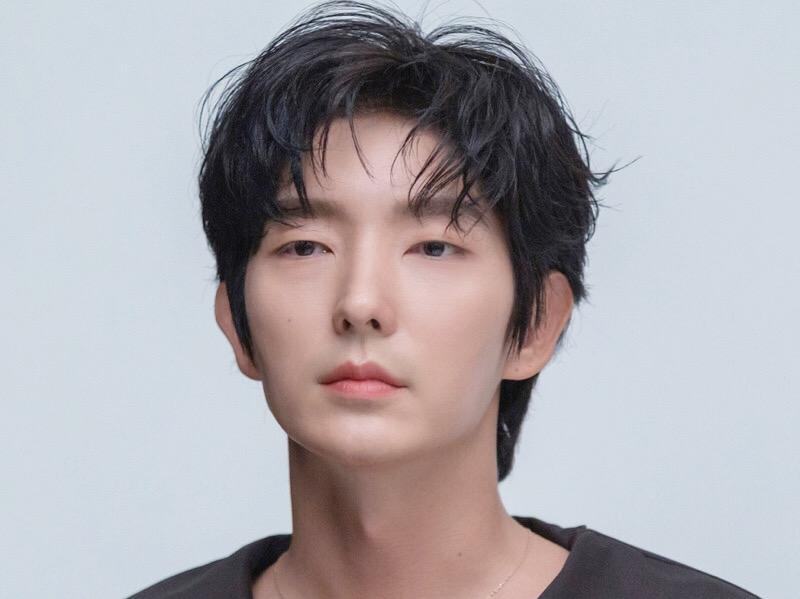 Lee Jun Ki Perpanjang Kontrak dengan Namoo Actors