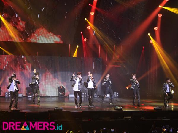 Keren, INFINITE Buka Konser 'INFINITE EFFECT' Dengan Bahasa Indonesia!