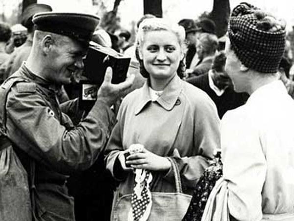 Serdadu AS Perkosa 860 Ribu Wanita Jerman di Perang Dunia II