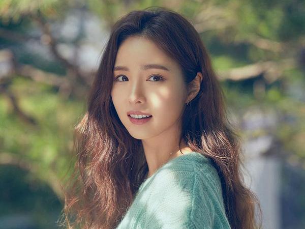 Shin Se Kyung Tinggalkan Agensi Namoo Actors Setelah 19 Tahun