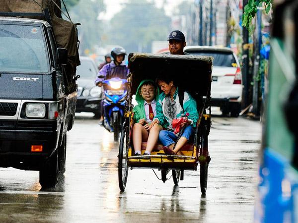 Bahaya dan Yang Harus Diperhatikan Jika Becak Kembali Beroperasi di Jakarta