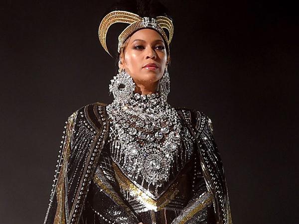 Beyonce Dituding Palsukan Identitas hingga Pemuja Setan