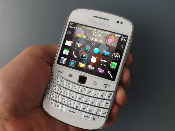 Sederhana Tapi Aman, Ponsel Jadul Blackberry Dakota Siap Bangkit Lagi?