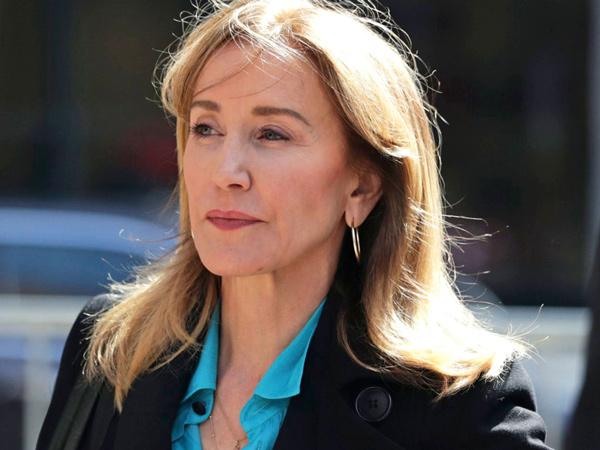 Felicity Huffman Terlibat Skandal Suap Agar Anak Diterima Kuliah di Universitas Bergengsi
