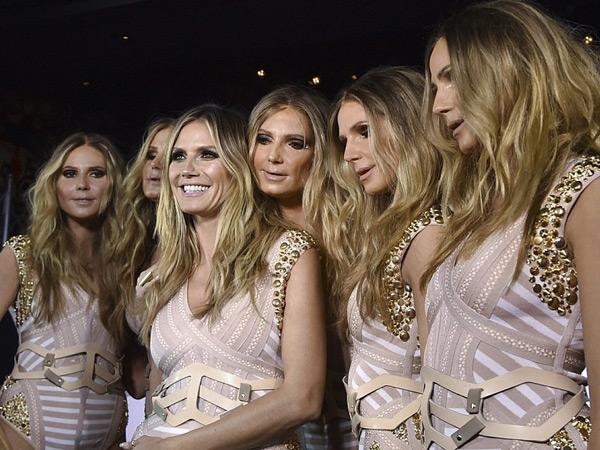Rayakan Halloween, Supermodel Heidi Klum 'Sulap' Dirinya Jadi Lima Orang!